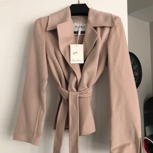 100% cashmere jacket by MaxMara